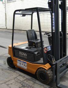 STILL R2020 triplex :