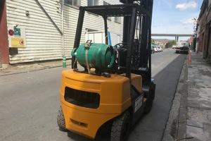 DAEWHOO G25E-3 2500KG TRIPLEX GAZ